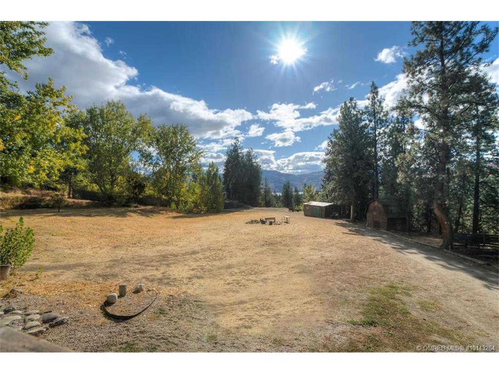 2732 Windt Road, West Kelowna, V4T 1L8