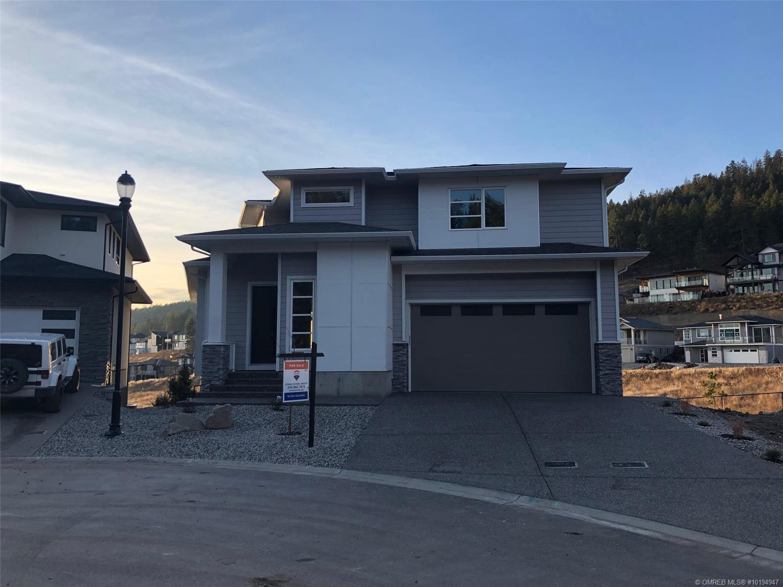 2578 Crown Crest Place, West Kelowna, British Columbia, V4T3M6 (21333184)